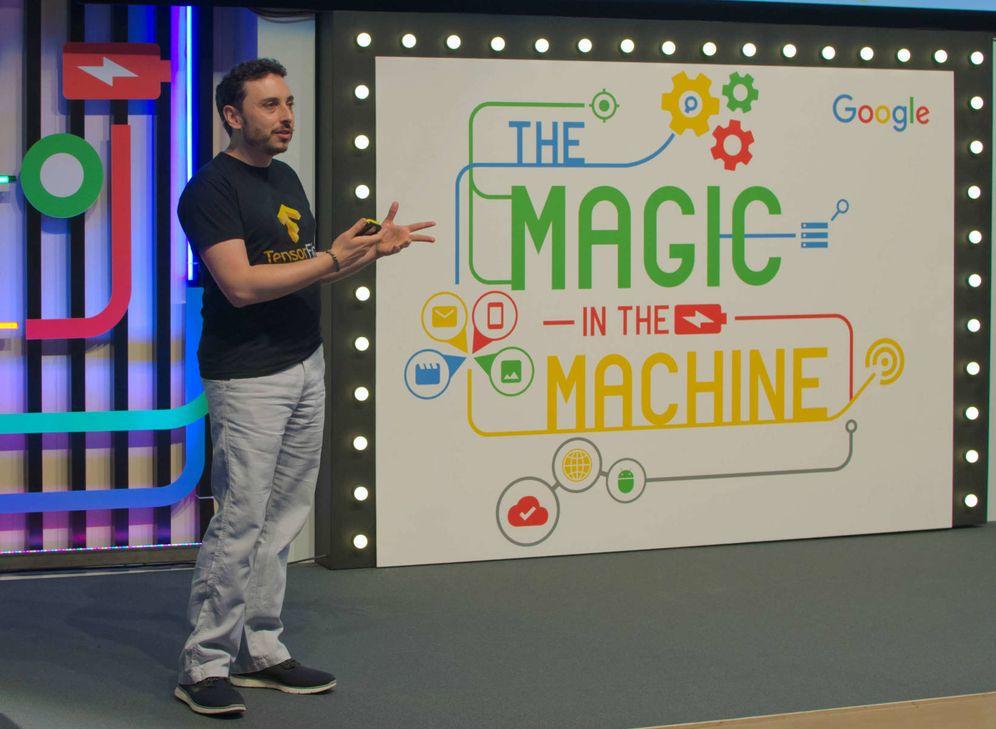 Foto: Sergio Guadarrama en el evento 'The magic in the machine' celebrado en Campus Madrid (Google España)