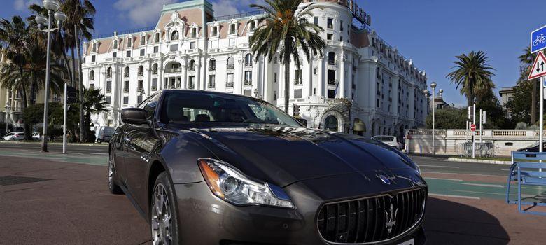 Foto: Un Maserati Quattroporte en una presentación internacional (Reuters)