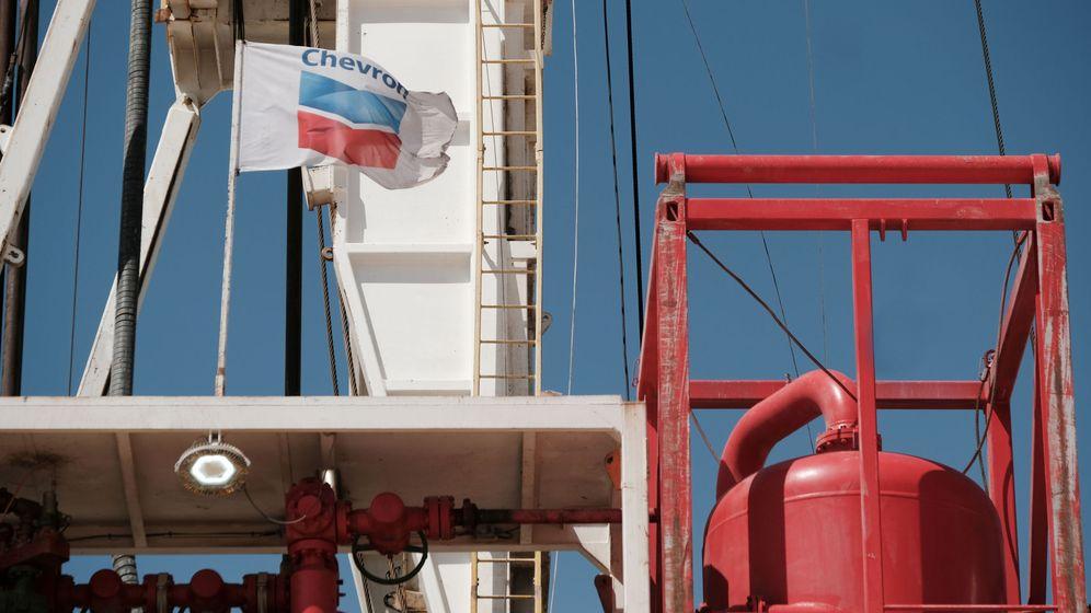 Foto: Explotación de petróleo de Chevron cerca de Midland, Texas. (Reuters)