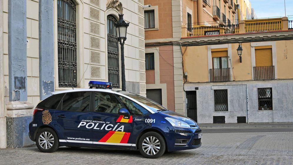 Foto: Un coche de la Policía Nacional en Valencia (Policía Nacional)