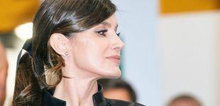 Post de La reina Letizia se va a ARCO: ordenamos sus looks en la feria de peor a mejor