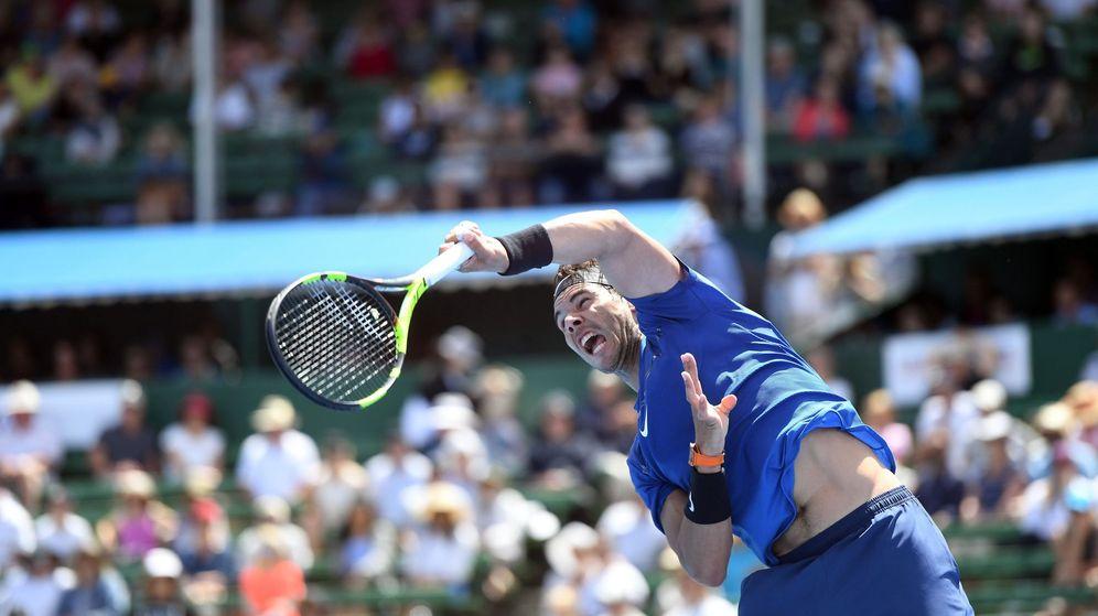 Foto: Rafael Nadal, en acción durante el Kooyong Classic de Melbourne. (EFE)