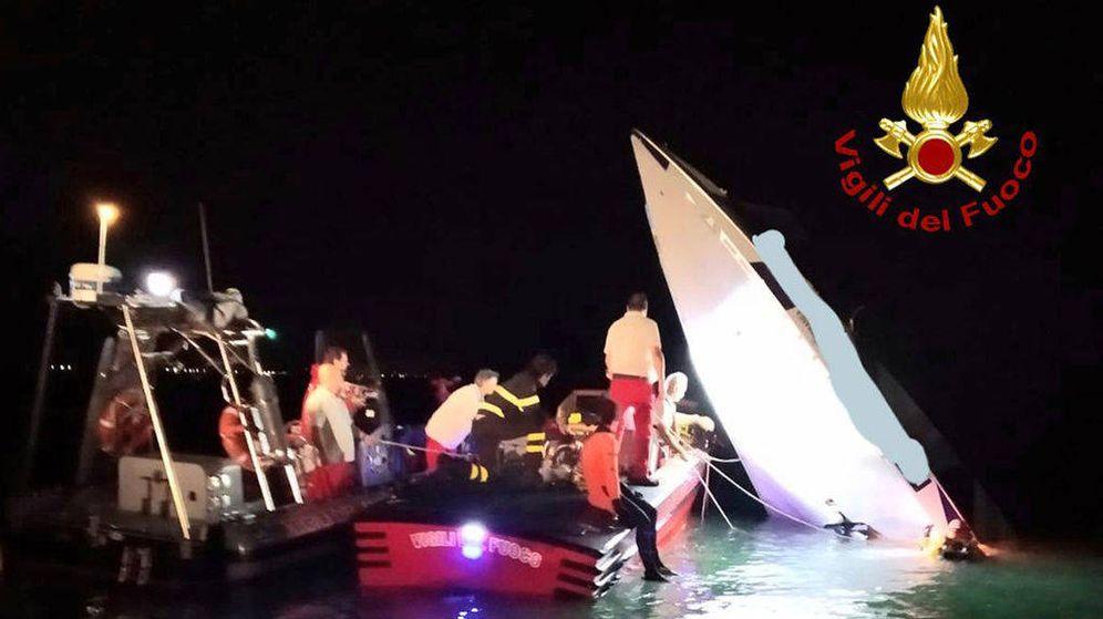 Foto: Imagen del accidente. (Cuerpo de bomberos de Italia)