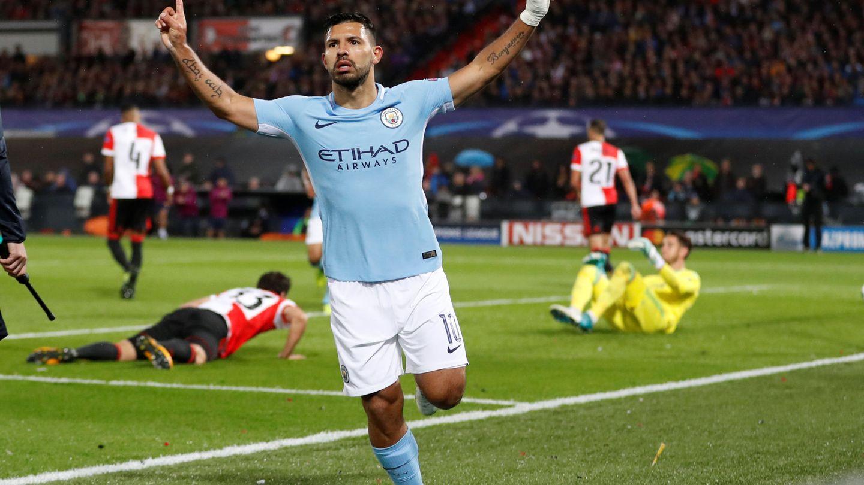 Agüero marcó el segundo en la victoria del Manchester City por 0-4 en Róterdam. (Reuters)