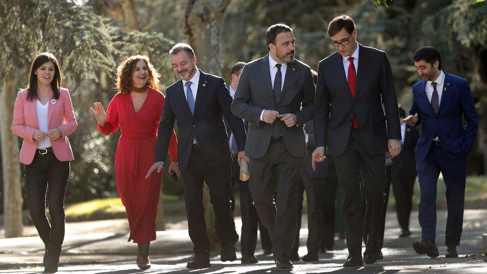Foto: Primera reunión de la mesa de diálogo para solucionar el conflicto político en Cataluña. (EFE)