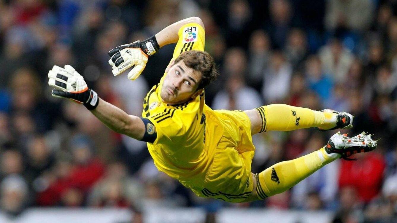 Foto: Casillas, durante su etapa como portero del Real Madrid. (Reuters)