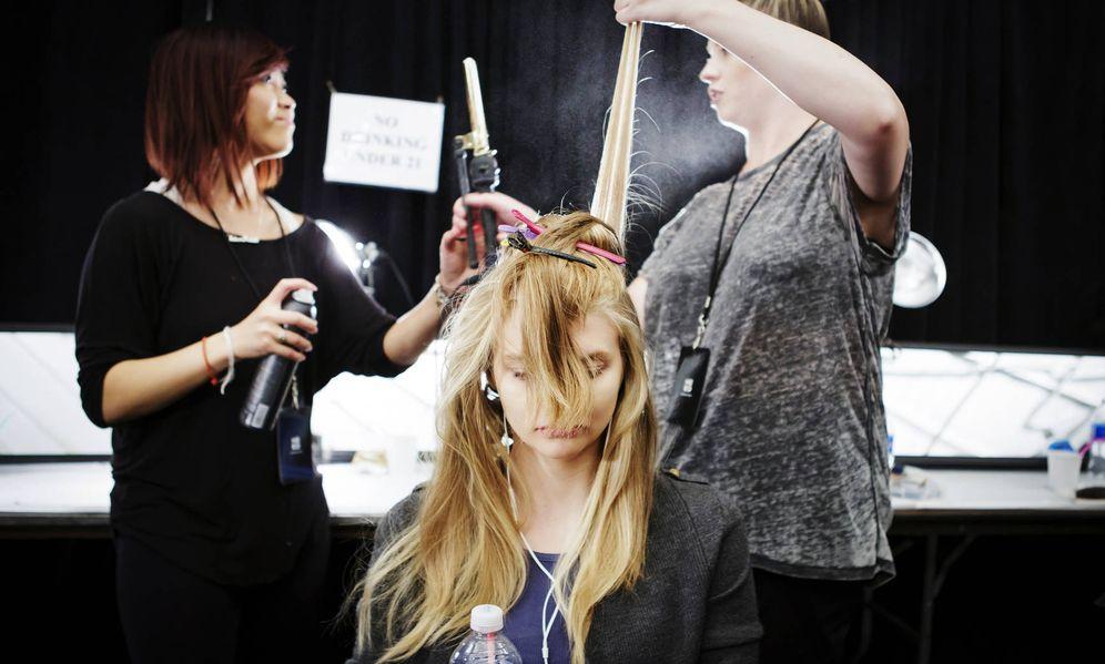 Foto: Que el rizador de pelo no te traiga frita. Ocho trucos para utilizarlo correctamente. (Foto: Imaxtree)