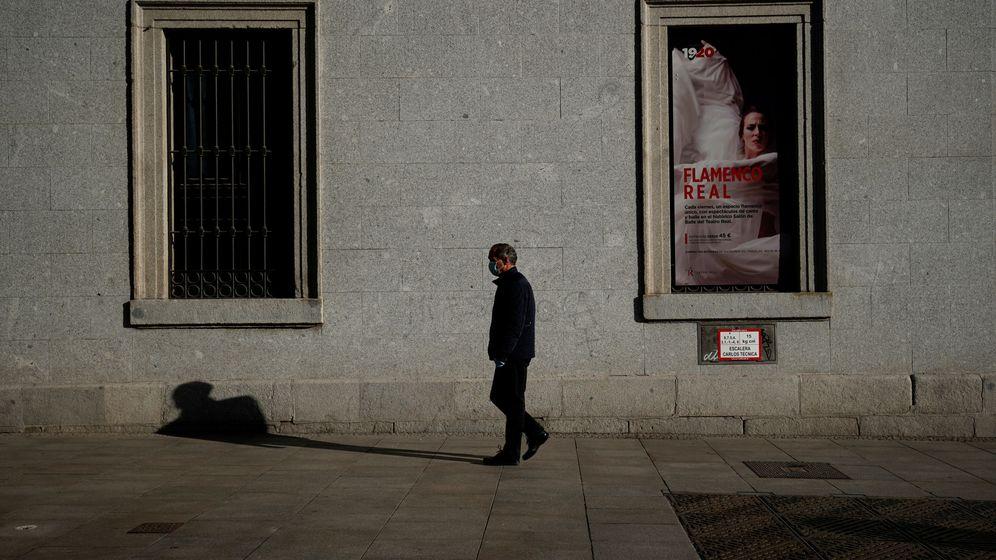 Foto: Teatro Real de Madrid durante el estado de alarma (EFE)