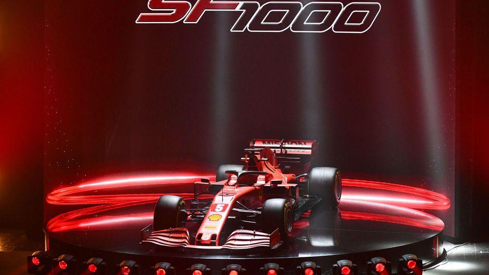 Foto: Ferrari presentó este martes su nuevo monoplaza, el SF1000. (EFE)