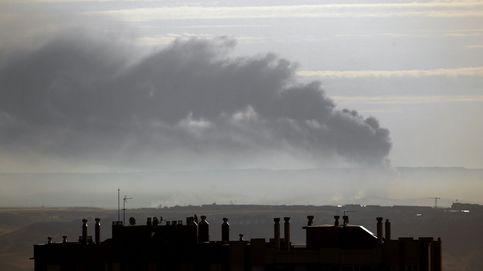 Extinguido el incendio de la planta de reciclaje de Chiloeches