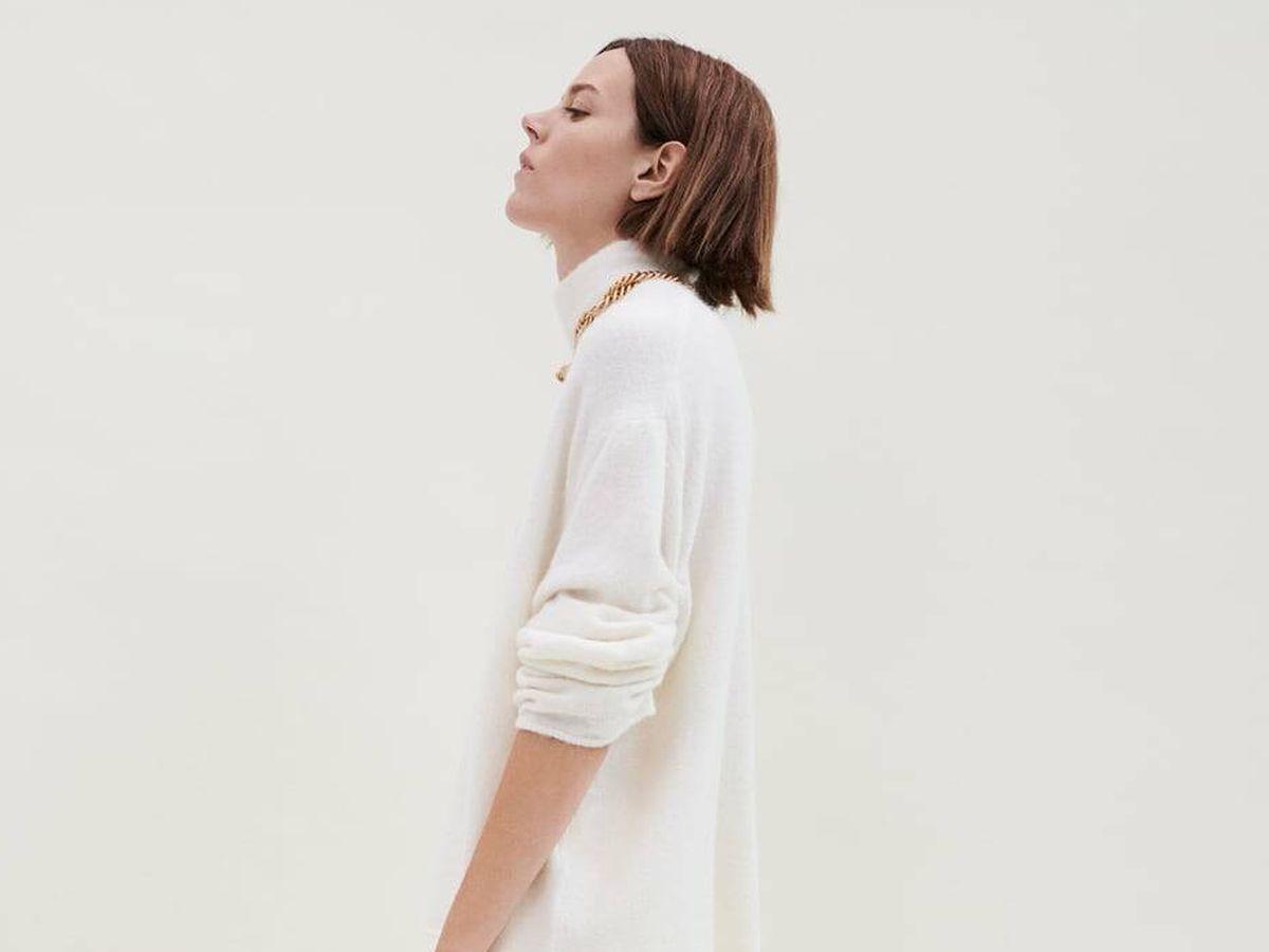 Foto: Jersey blanco de lana de Zara. (Cortesía)