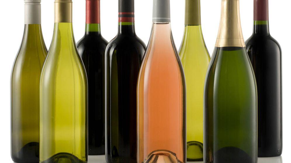Foto: Vino tinto, blanco, rosado o espumoso, tienes muchas opciones. (iStock)