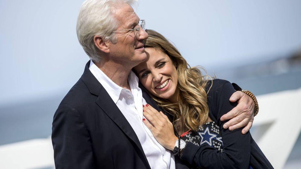Foto:  Richard Gere y Alejandra Silva, enamoradísimos. (Gtres)