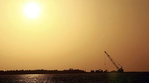 El petróleo afianza subidas por encima de los $61 tras los ataques en el golfo de Omán