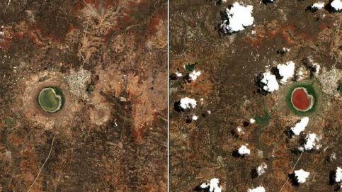 Por qué el lago del cráter de un meteorito ha cambiado de color misteriosamente