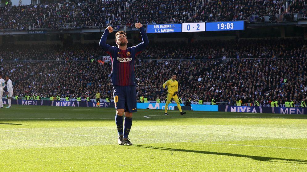 Foto: Messi celebra el 0-2 del Barcelona al Real Madrid en el Bernabéu. (Reuters)