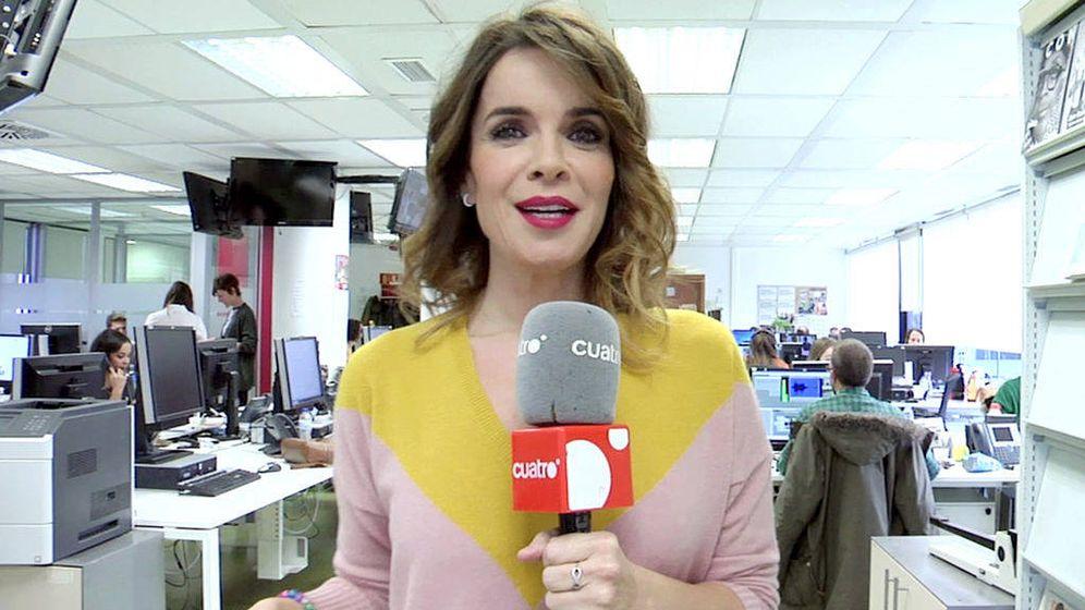 Foto: Carme Chaparro, en la redacción de 'Noticias Cuatro'. (Mediaset España)