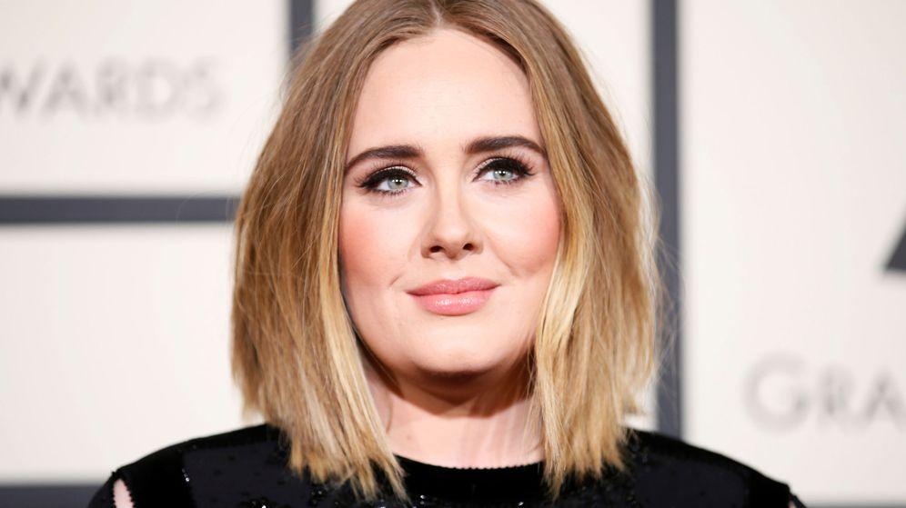 Foto: La antigua Adele, antes de someterse a su estricta dieta de adelgazamiento (Reuters/Danny Moloshok)