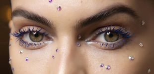 Post de ¿Cómo utilizar las aplicaciones brillantes? Manual del maquillaje trendy