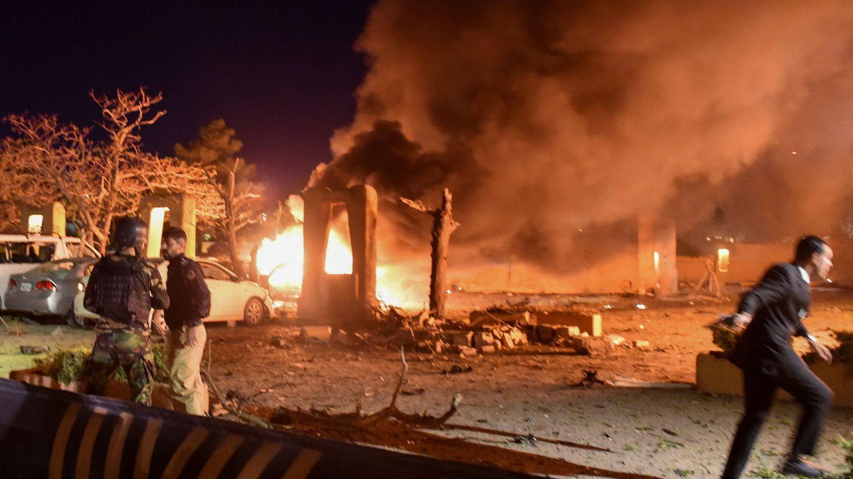 Al menos cinco muertos y 15 heridos en un atentado en un hotel de lujo en Pakistán
