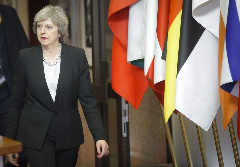 Foto: La primera ministra del Reino Unido, Theresa May, al finalizar la Cumbre europea del jueves 15 de diciembre de 2016, en Bruselas (Efe).