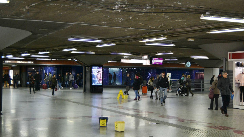 Las goteras de la estación de Atocha llevan más de un año. (M.Z)