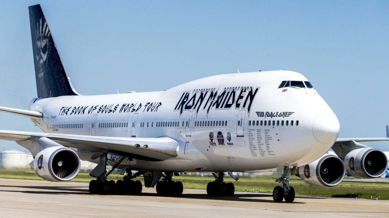El avión privado 747 'Ed Force One' de la banda británica Iron Maiden durante la última gira, pilotado por el vocalista Bruce Dickinson. (EFE)