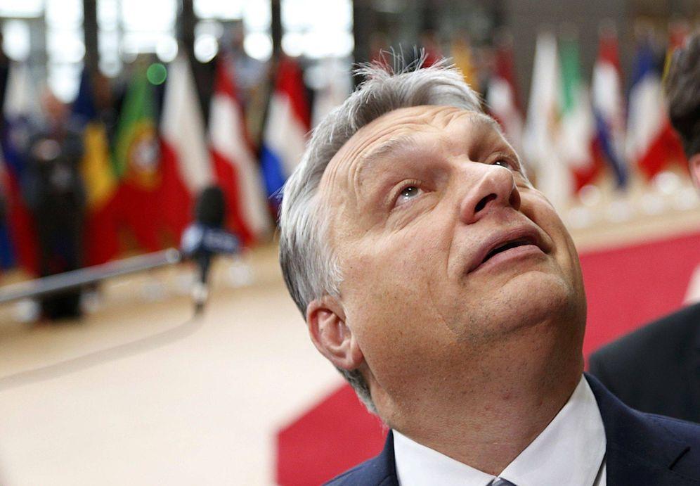Foto: Viktor Orbán a su llegada a la cumbre de la UE en Bruselas, el 9 de marzo de 2017. (Reuters)