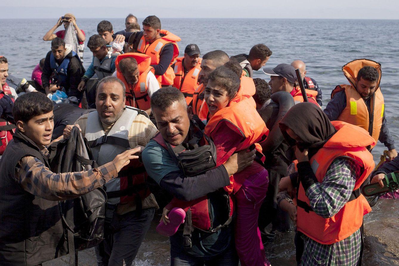 Foto: Refugiados sirios llegan a la isla griega de Lesbos, el 3 de septiembre de 2015 (Reuters).