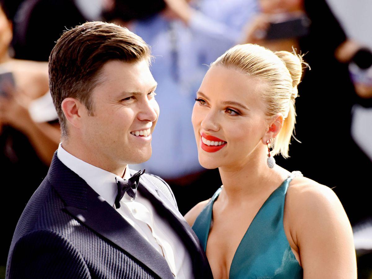 Foto:  Colin Jost y Scarlett Johansson, en una imagen reciente. (Getty)