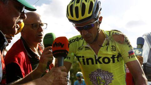 Contador se va al suelo por enésima vez: A alguno no le gusta tocar el freno