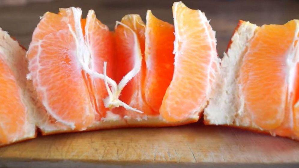 Foto: ¿Es esta la mejor forma de comer una naranja? (Rumble)