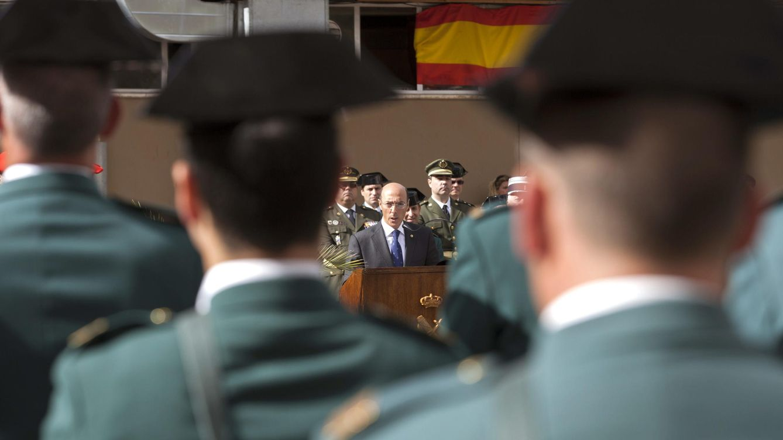 Foto: Guardias civiles durante un acto en Vitoria. (EFE)