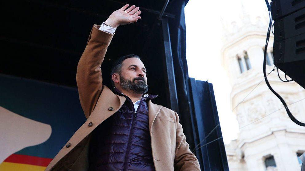 Vox reelige a Abascal en una asamblea vetada al sector crítico del partido