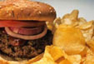 Foto: La comida rápida y los refrescos azucarados aumentan la obesidad en España y Europa