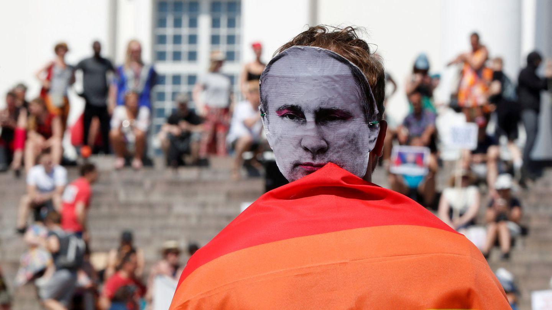 Protestas en Helsinki antes de la cumbre. (EFE)