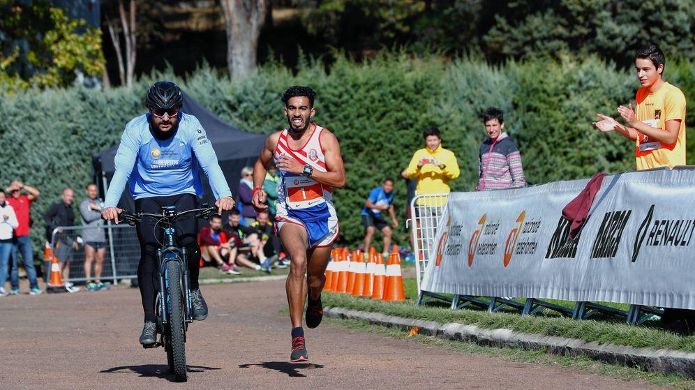 Foto: Uno de los atletas que se midieron al ritmo del récord del mundo de maratón de Kipchoge. (Foto: San Silvestre Vallecana)