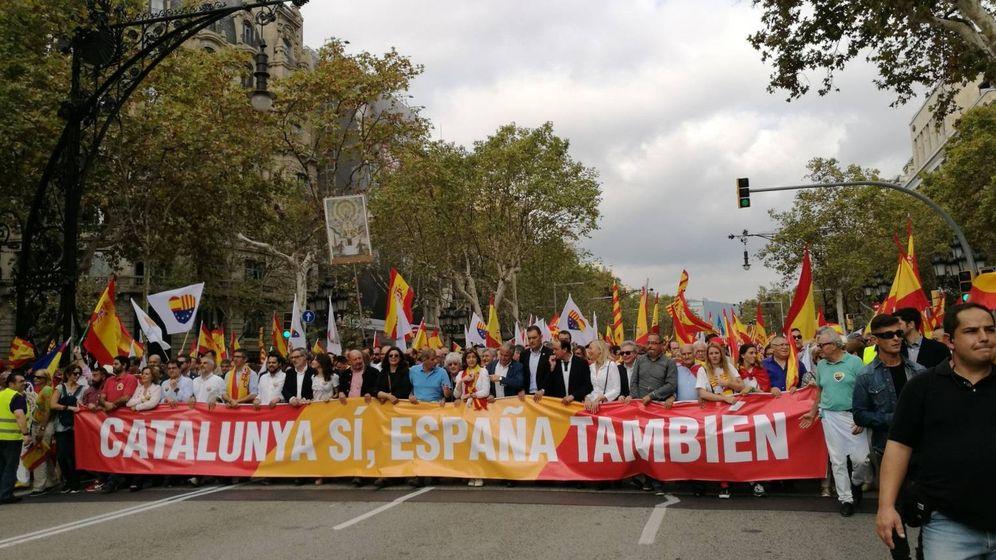 Foto: Cabecera de la concentración. (Foto: Sociedad Civil Catalana)