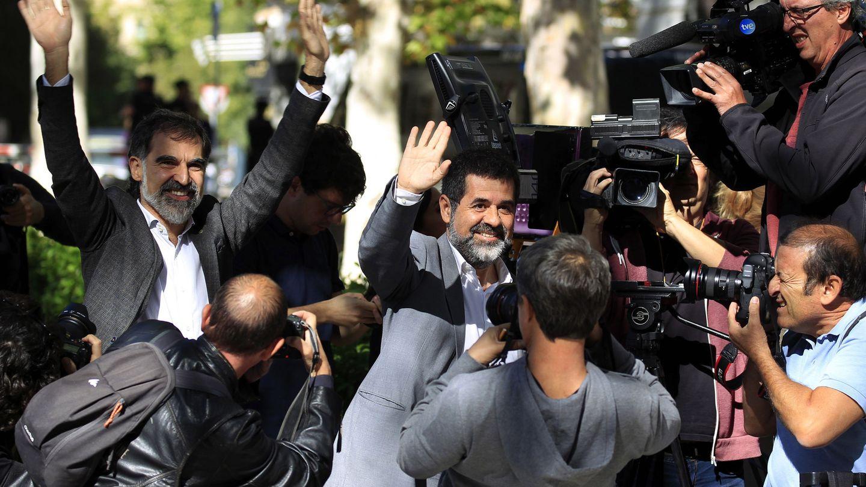Los presidentes de la Asamblea Nacional Catalana, Jordi Sánchez, y de Òmnium Cultural, Jordi Cuixart.