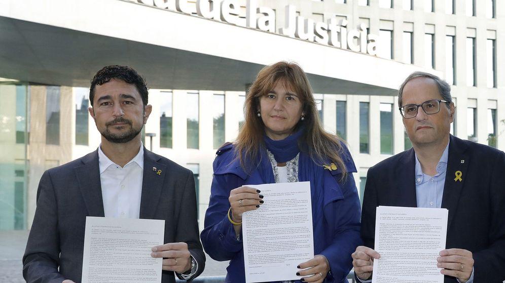 Foto: El 'president' Torra participa en la campaña de autoinculpaciones promovida por Òmnium en respuesta a la sentencia del 'procés'. (EFE)