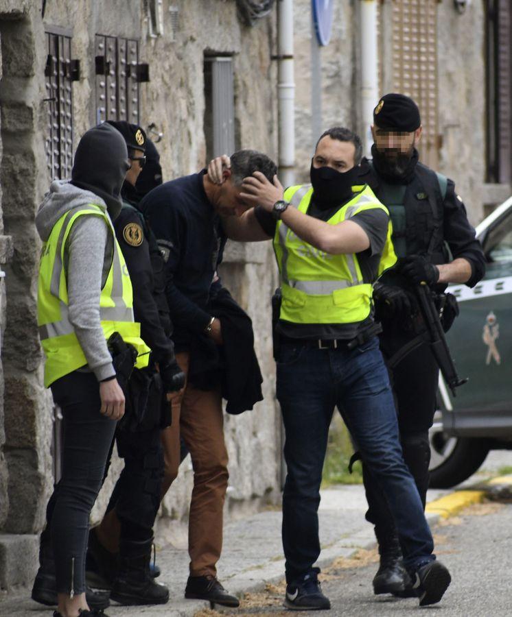Foto: Imagen de archivo de un detenido vinculado con el Estado Islámico. (EFE)
