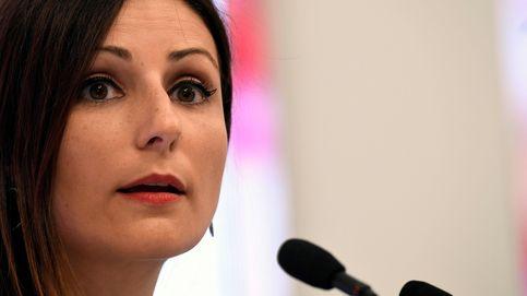Lorena Roldán, de Ciudadanos al PP: soltera, cocinitas y 'perruna'