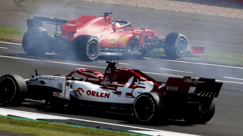 Sebastian Vettel perdió el control del Ferrari y trompeó en la primera curva. (Reuters)