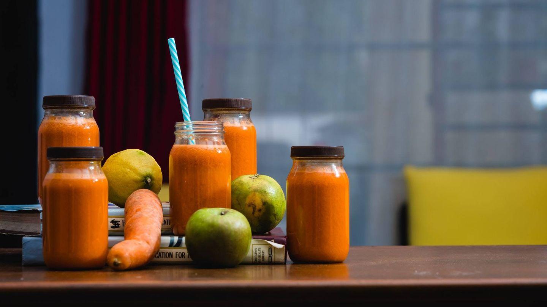 El consumo de frutas enteras aporta más beneficios que los zumos (Unsplash)