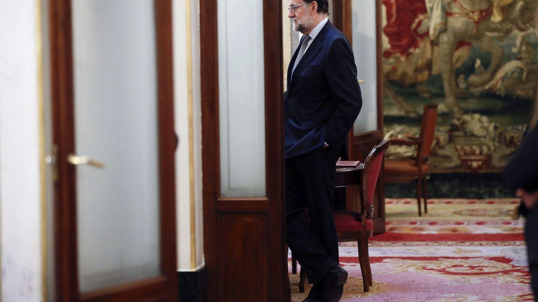 Rajoy se refugia en la empresa pública como bastión de la nueva economía de corte social