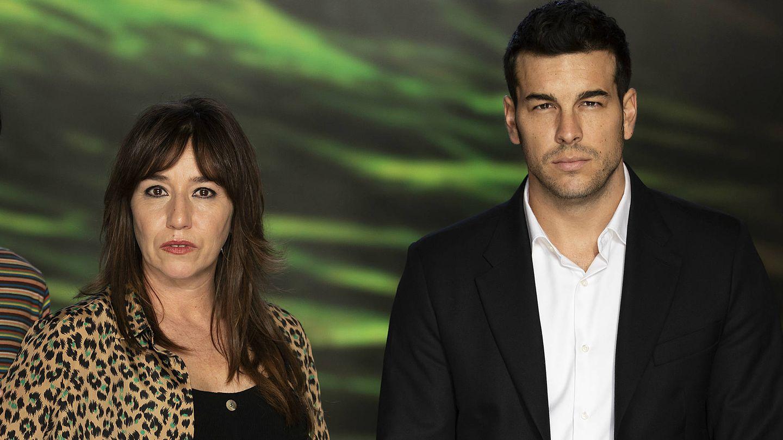 Lola Dueñas y Mario Casas. (Enrique Cidoncha)