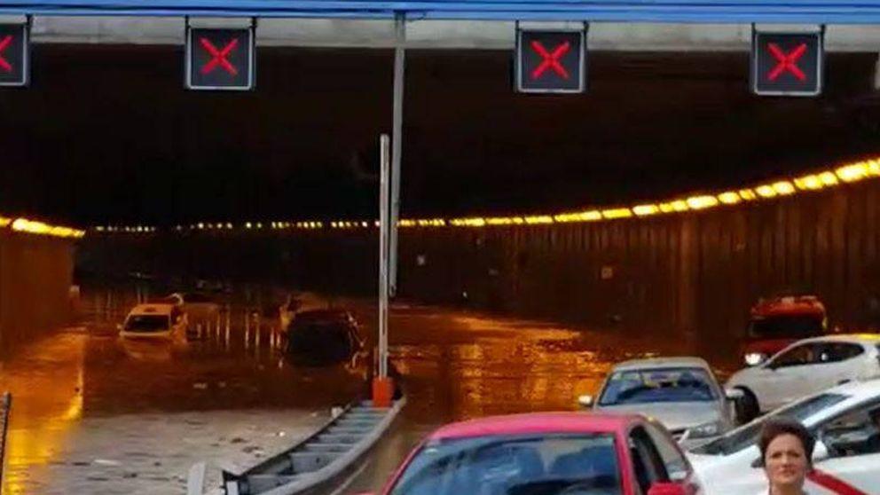 Continúa cortado el acceso a la T4 de Barajas por M-13 por una rotura de tubería