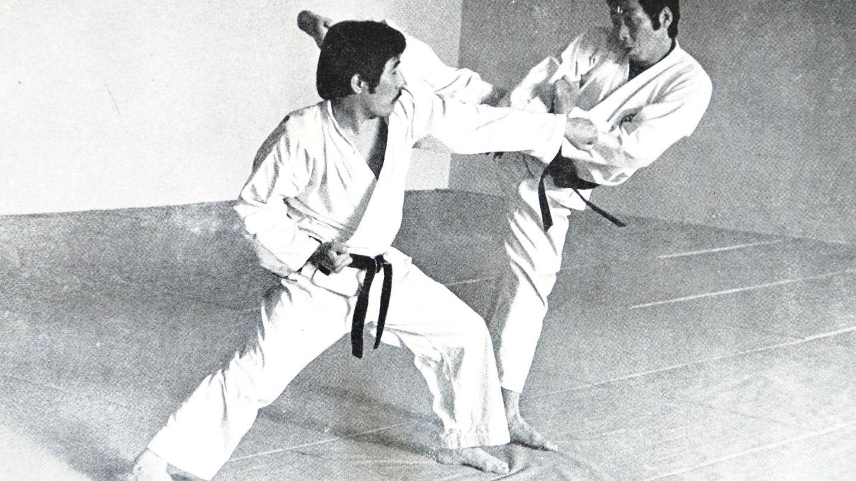 Yosuke Yamashita (d) fue el primer maestro del príncipe Juan Carlos. (Salvador Herráiz)