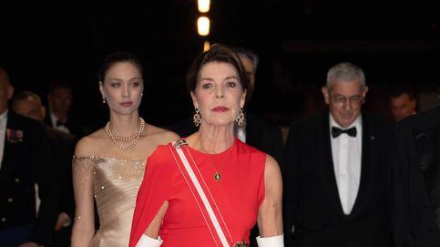Carolina de Mónaco copia uno de los looks más acertados  de la reina Letizia