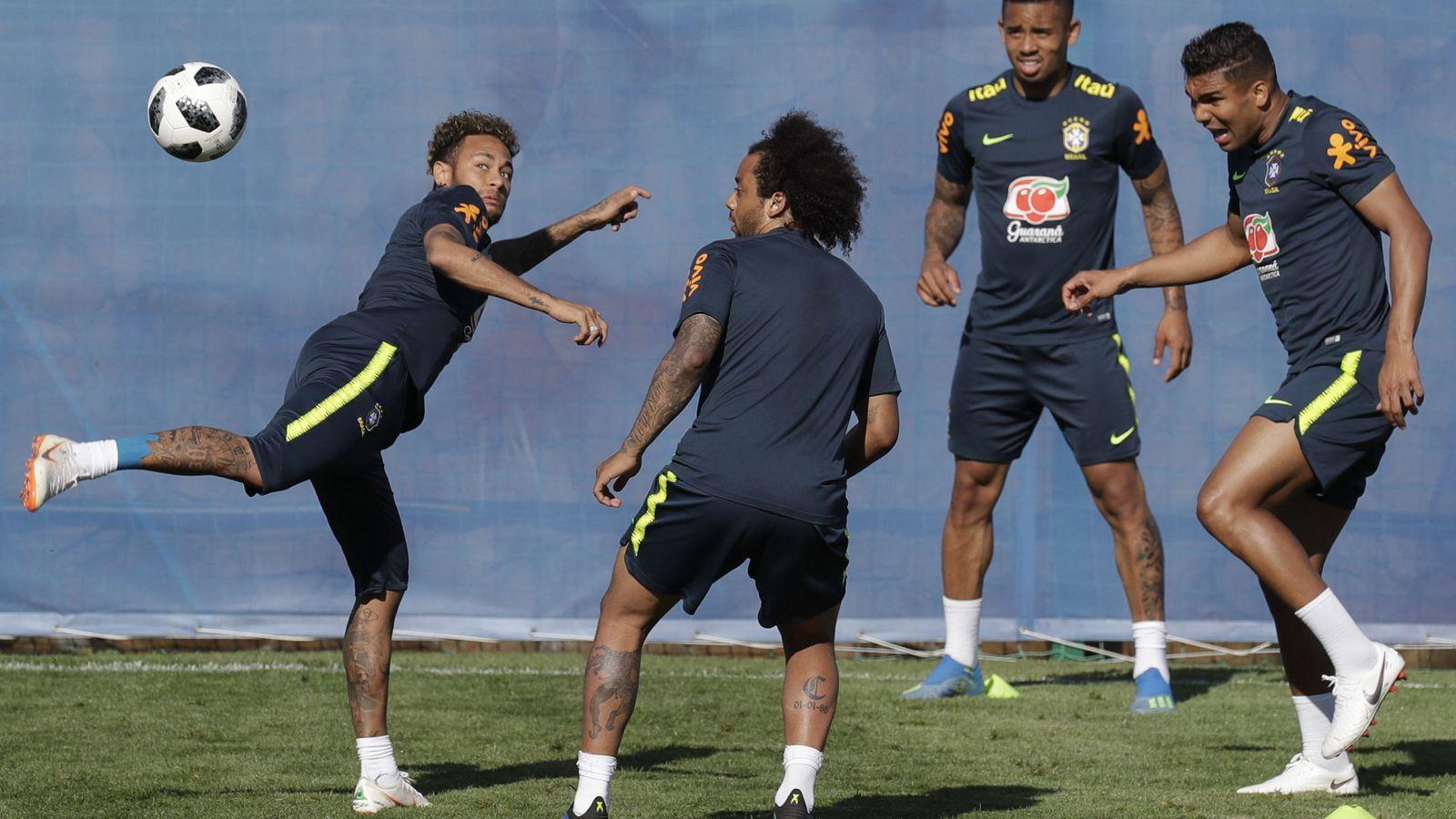 Foto: La selección brasileña entrenando en Sochi (Rusia)   EFE Sebastião Moreira